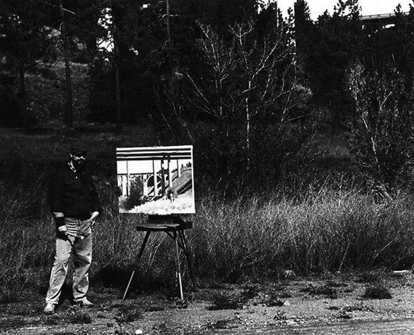 William Elston painting en plein air in Vinegar Flats, Spokane, c.1984 (photograph courtesy Rick Graff, copyright ©1984)